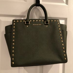 Michael Kors N/S studded Selma Tote, color Loden